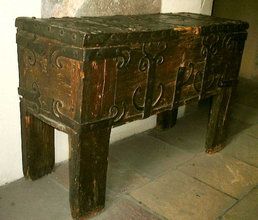 Chests And Trunks Of The Middle Ages And Renaissance