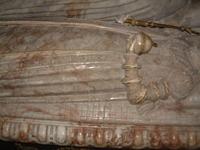 sınırlarımız dışındaki  yabancı define sitelerinden görüntüler Th_uppsala-cathedral-effigy109