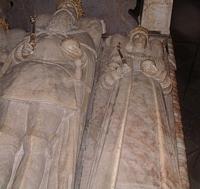 sınırlarımız dışındaki  yabancı define sitelerinden görüntüler Th_uppsala-cathedral-effigy112